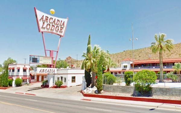 The Arcadia Lodge today, Kingman AZ