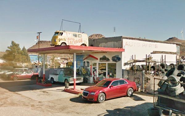current view of Whiting gas station in Kingman