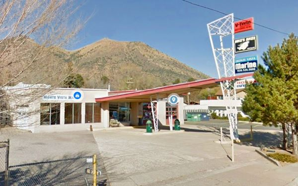 gull wing Phillips66 station in Flagstaff
