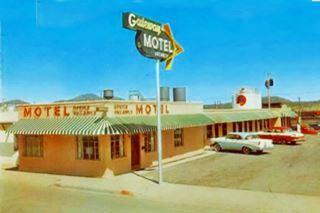 1950 postcard of the Gateway Motel