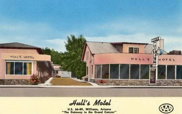 Vintage postcard of Hulls hotel in Williams, Route 66,Arizona
