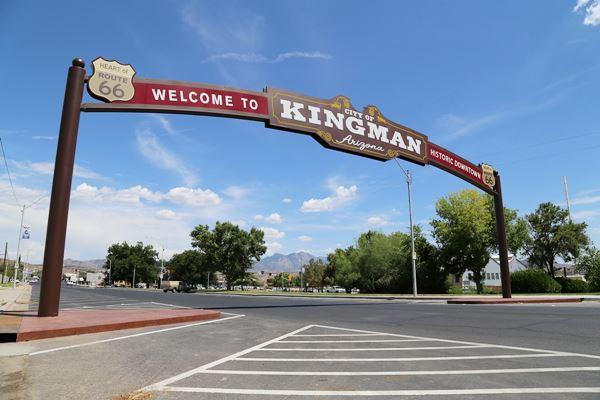 Archway spanning Route 66 in Kingman