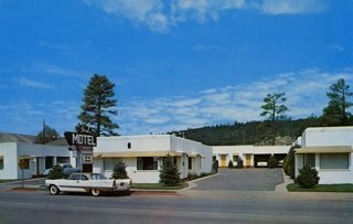 vintage postcard of the L Motel, Flagstaff