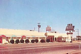 vintage postcard of the L-Z Motel, Winslow