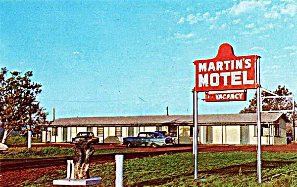 vintage postcard of the Martin's Motel in Ash Fork, Route 66, Arizona