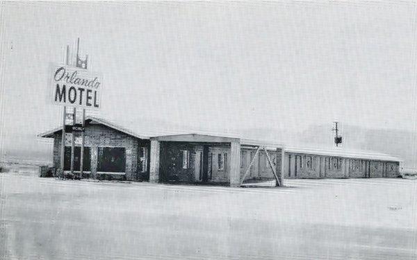 old photo of the Orlando Motel in the snow, Truxton, Arizona