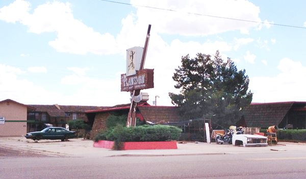 The Plainsman Restaurant in a contemporary Street View. Route 66 in Holbrook Arizona