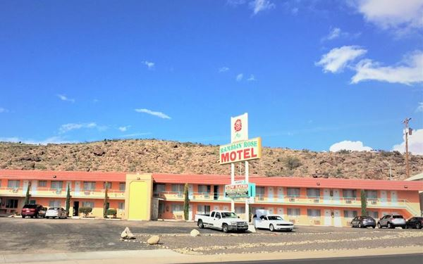 The Travelodge is now the Ramblin Rose, see how it looks today, Kingman AZ