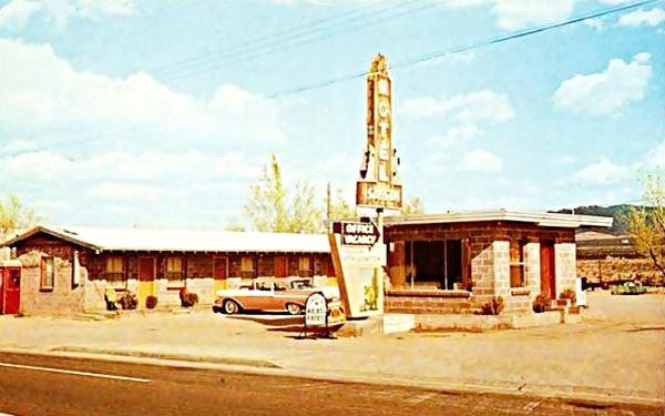 Old postcard of the Siesta Motel in Kingman, Route 66, Arizona