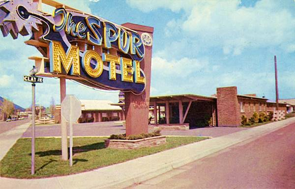 1950 postcard of the Spur Motel, Flagstaff Route 66, Arizona