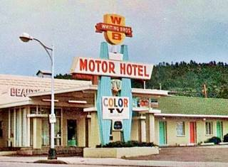 Late 1960s postcard of the Whiting Brothers Motel in Williams, Route 66, Arizona