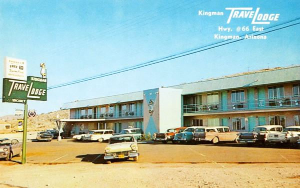 The Travelodge Motel in a 1960s postcard in Kingman, Route 66,  Arizona