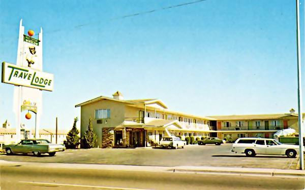 A 1960s postcard of vintage Travel Lodge Motel on Route 66 in Winslow, AZ