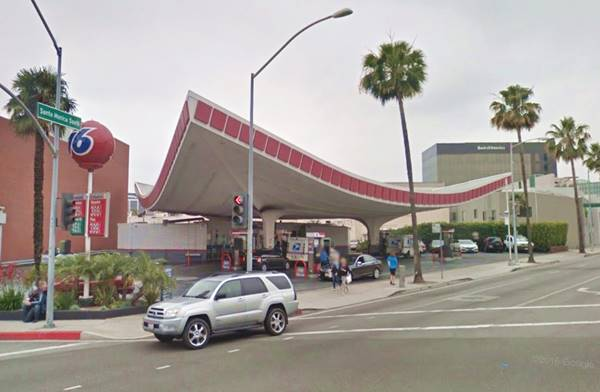 Union 76 Service Station, Beverly Hills