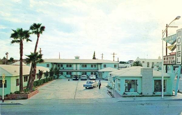 1960s postcard of the Desert Inn Motel in Needles, CA
