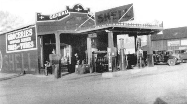 1920s photo of the General Store in Daggett, California courtesy of the Mojave Desert Museum