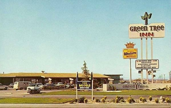 early 1960s postcard showing the Green Tree Inn on Route 66 in Victorville, California