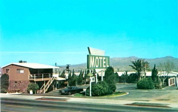 A 1970s postcard showing the Hillcrest Motel on Route 66 in Barstow, California