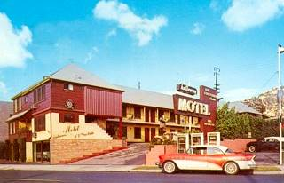 Holloway Motel Vintage postcard