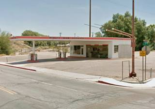 Minuteman filling station, Needles
