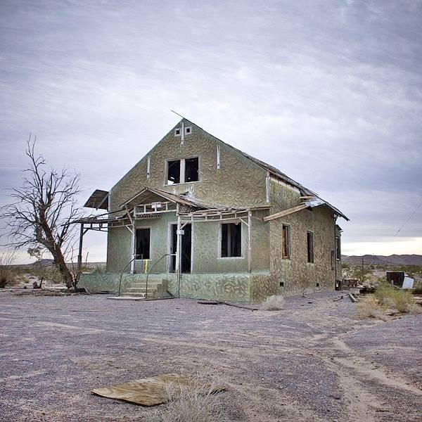 The remains of the Post Office in Ludlow, Route 66 California