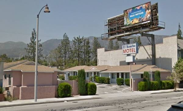 present appearance of the El Rancho Motel in Pasadena, Route 66 California