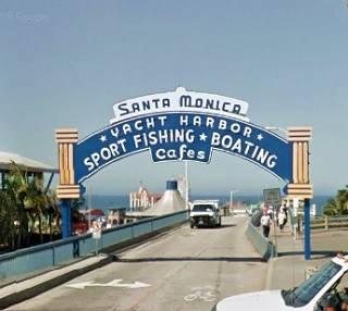 The Santa Monica Pier arch sign