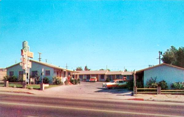 Old postcard ca. 1950s showing the Sands Motel on Route 66 in Barstow, California