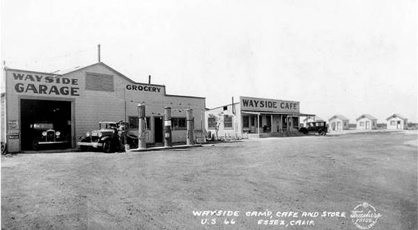 Wayside Cafe Market and Service station in Essex, California