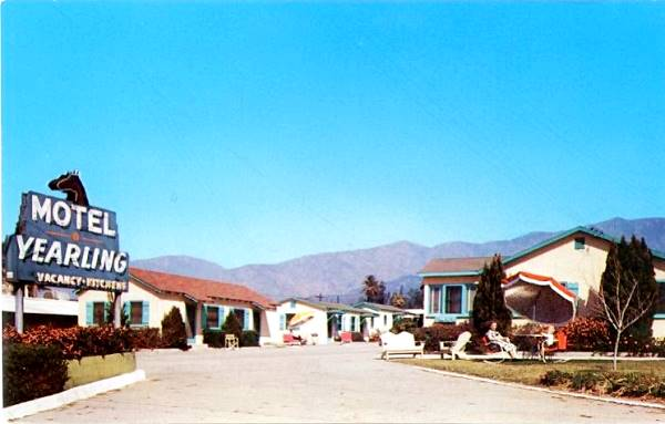 Old 1950s postcard showing the Yearling Motel in Duarte, California