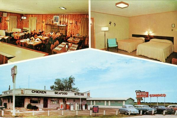 Postcard of Art's Motel and Restaurant in Farmersville Route 66