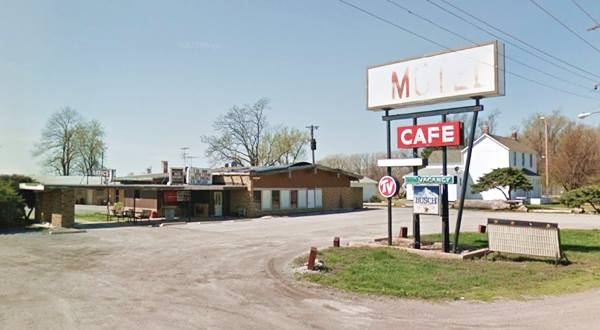 Former Canal Motel in Mitchell Route 66