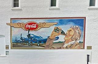 Drink Coca Cola mural in Pontiac US66