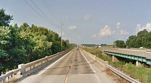 Kickapoo Creek Bridge in Lawndale Route 66