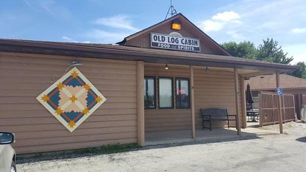 Old Log Cabin Restaurant today in Pontiac Route 66