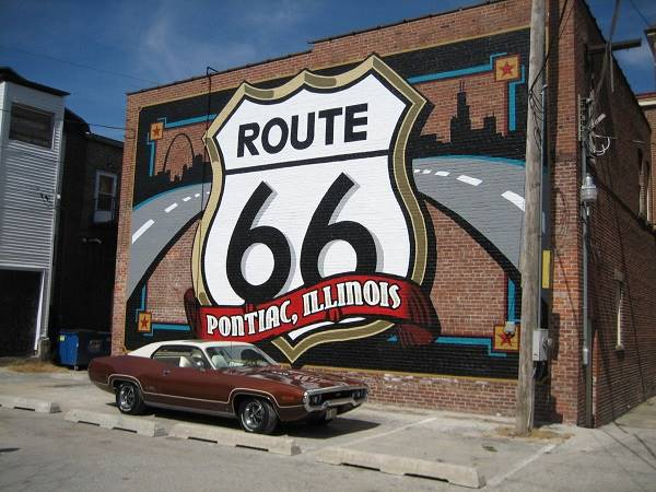Route 66 Shield Mural in Pontiac Route 66
