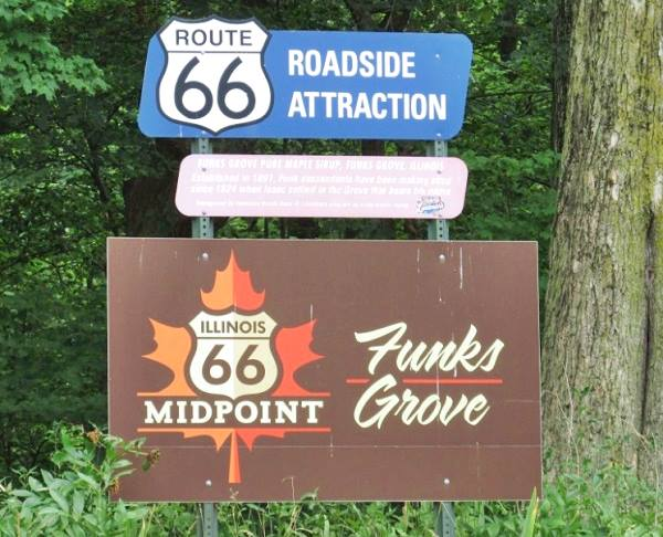 Midway point sign in Funks Grove Route 66