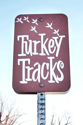 Turkey Tracks sign in Nilwood US66