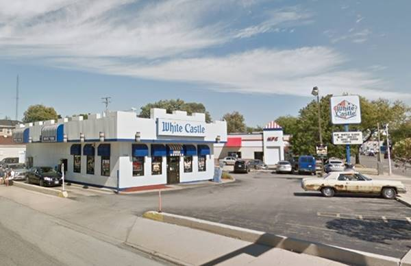 The first White Castle in Berwyn Route 66