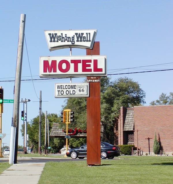 Neon sign, Wishing Well motel in Countryside Route 66