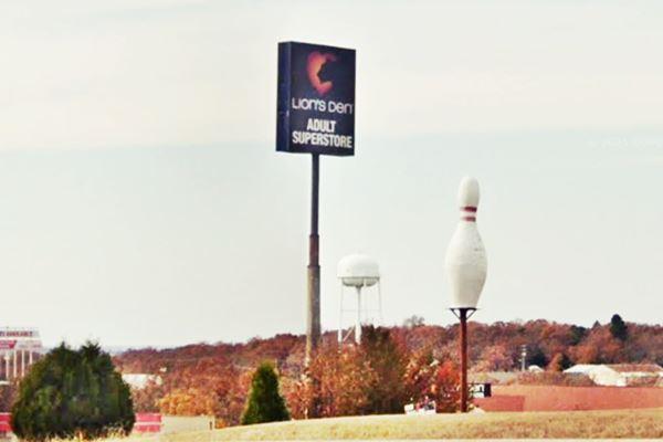 Buckhorn skyline on Route 66 in Buckhorn MO