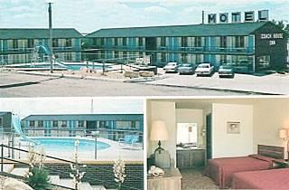 vintage postcard of Coach House Inn