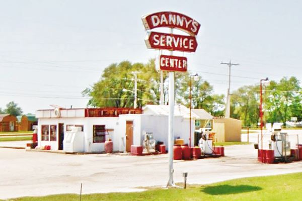 Danny's Service Station on Route 66, Springfiled MO