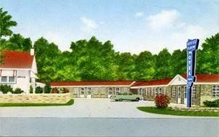 vintage postcard of Devil's Elbow Motel