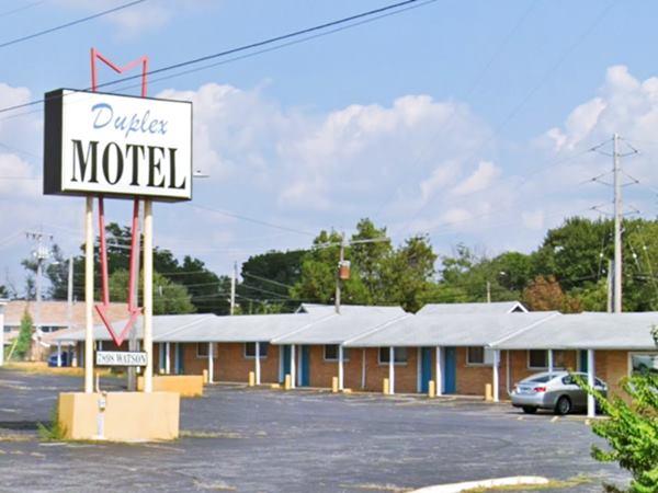 Duplex Motel street View