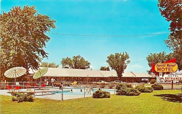 Vintage postcard showing Forest Manor Motel and Campground in Lebanon, Mo, Route 66