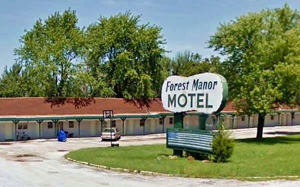 Current view of Forest Manor Motel and Campground on Route 66 in Lebanon MO