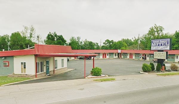 Street view today of what still is the Guest House Motel in Carthage MO, Route 66
