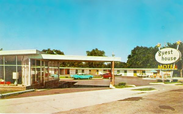 1950s Postcard View Of Guest House Motel In Carthage Mo Route 66