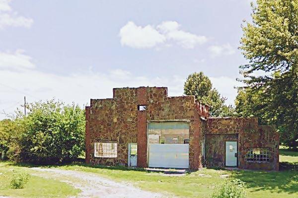 D. L. Morris garage, Heatonville MO